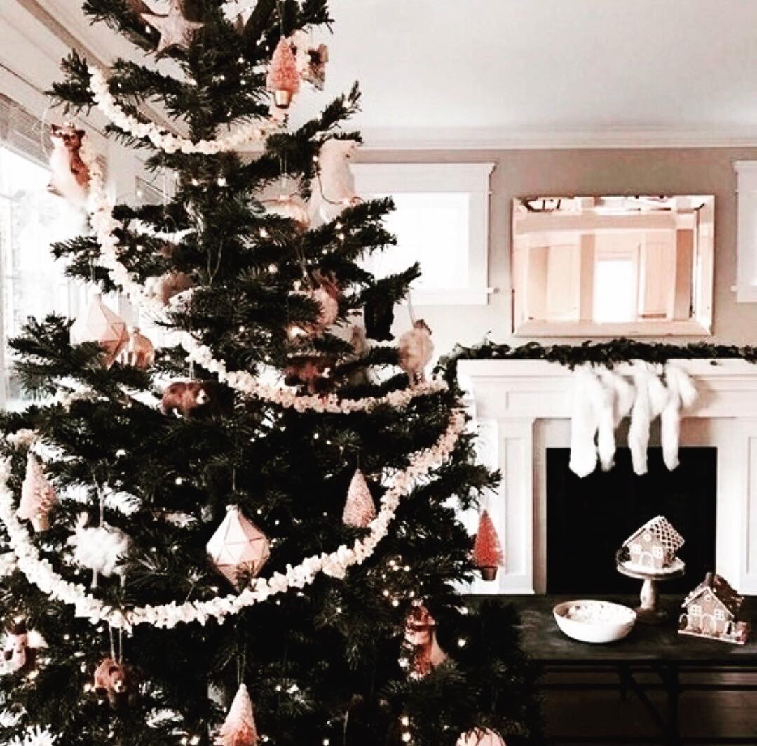 6 christmas decorating ideas for small spaces - Christmas Decorations For Small Spaces