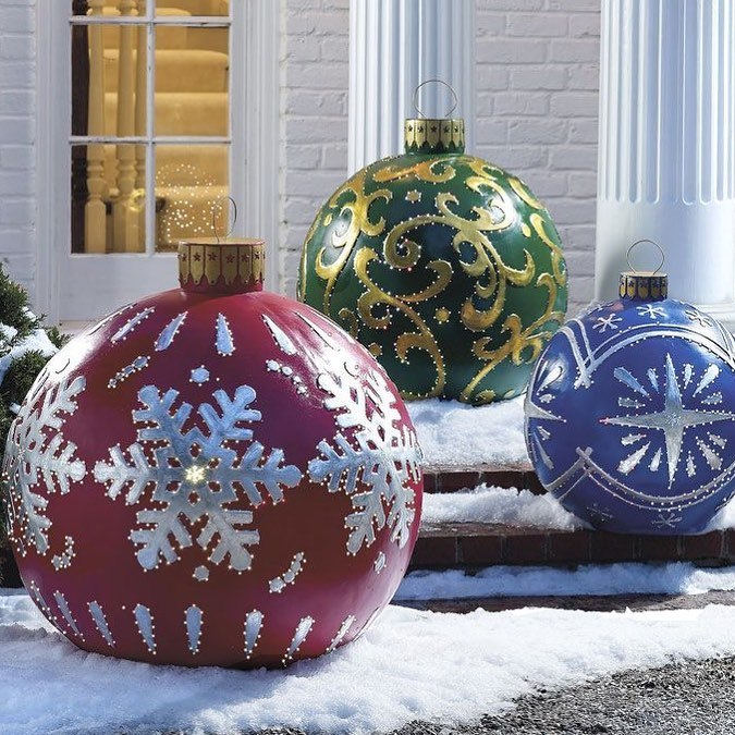 3 elegant collection of high quality outdoor christmas decorations and lights - Where To Find Outdoor Christmas Decorations