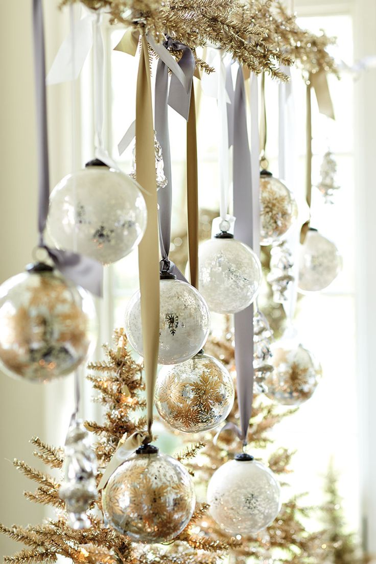 8 gold and white christmas decorations