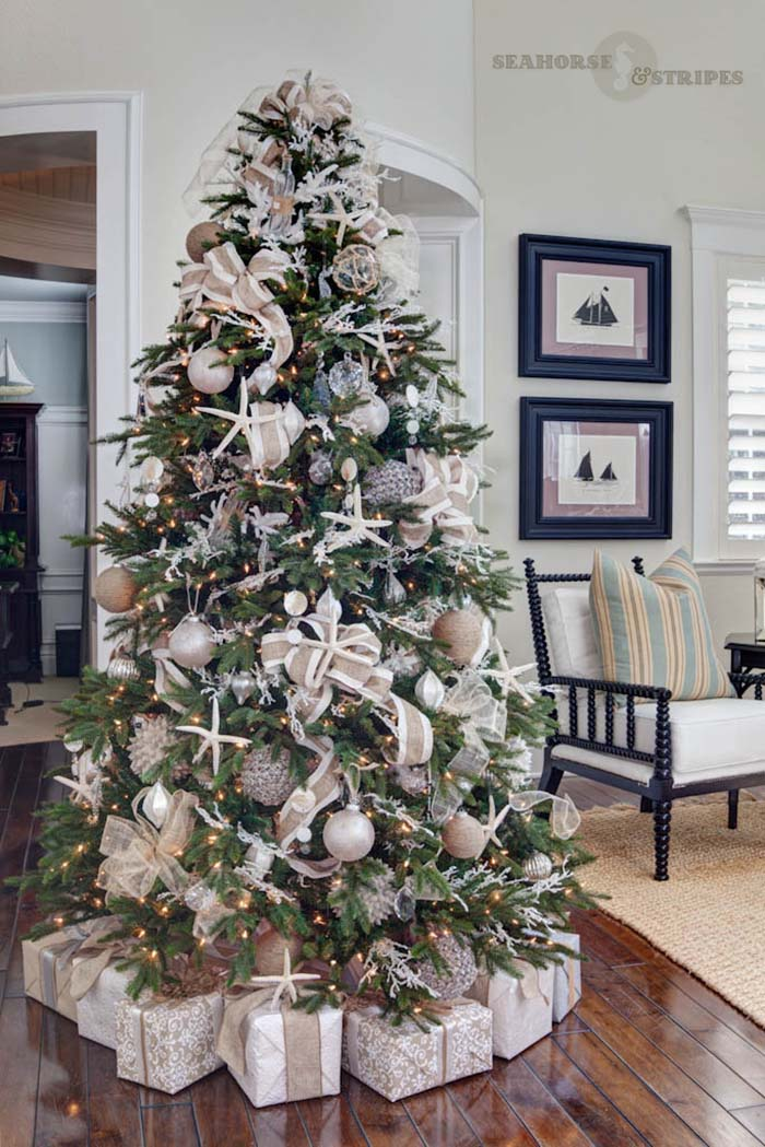 55 Attractive And Beautiful Christmas Coastal Theme Decoration Ideas