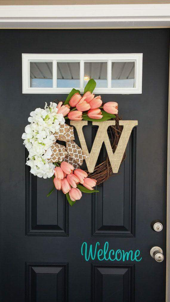 Door Decoration With Lovely Blooms