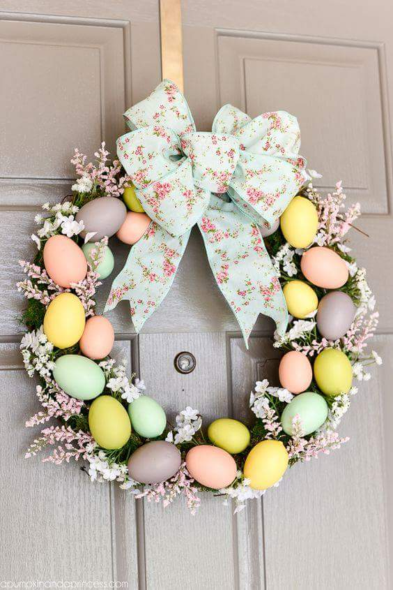 Egg Wreath Décor For Main Door