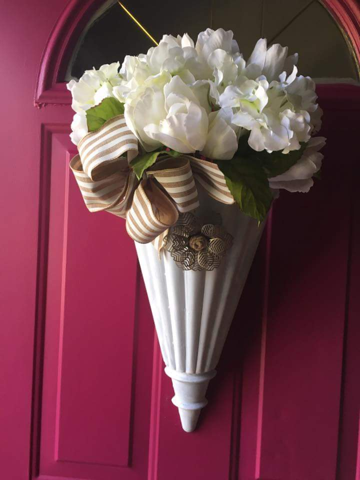 Hemp Flower Vase For Door Décor