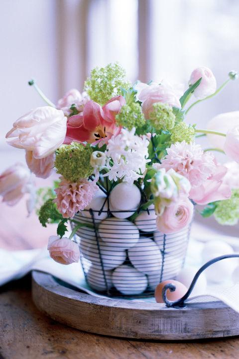 Farmhouse Flower Arrangment