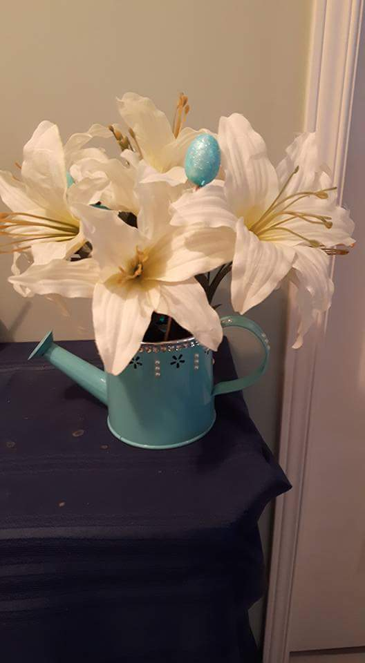 Kettle Vase With White Flowers