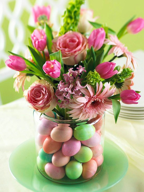 Original decoration and theme table for Easter