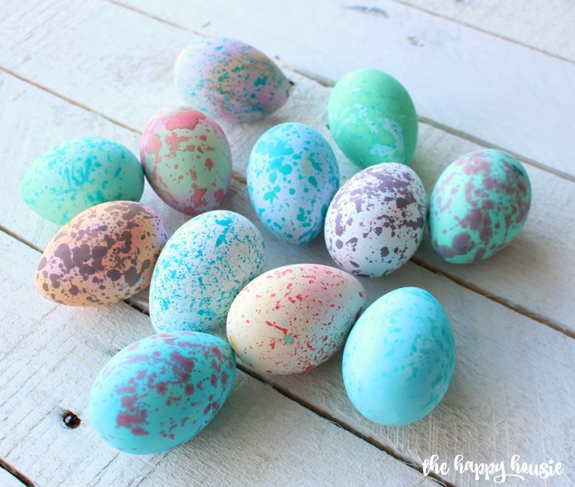 Quick & Easy DIY Speckled Easter Eggs