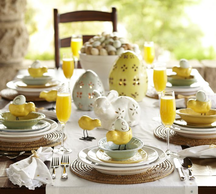 Yellow Easter Table Decorations