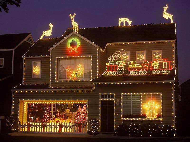 50 Beautiful Christmas Lighting Ideas That Spell The Joy Detectview