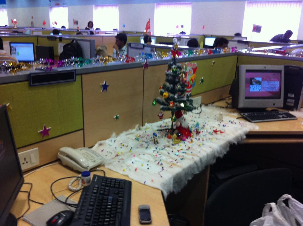 60 Gorgeous Office Christmas Decorating Ideas Gt Detectview