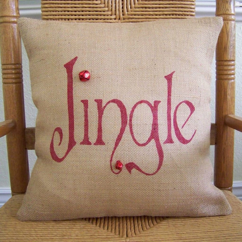 35 Gleaming Red Christmas Throw Pillows Ideas > Detectview