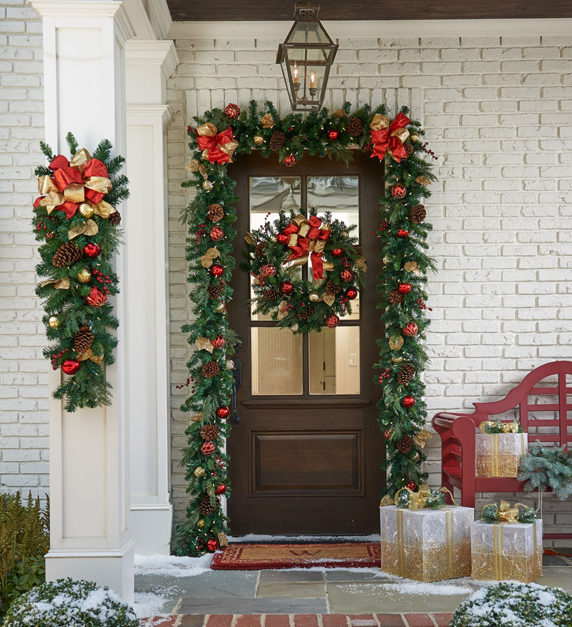 How To Decorate The Outside Of Your House For Christmas: 25 Outdoor Christmas Decorating Ideas > Detectview
