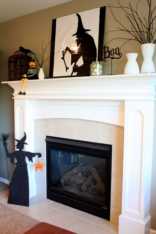 60 Halloween Mantel Decor To Bring In The Spooky Ambiance Alive